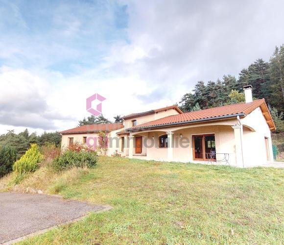 Vente Maison 8 pièces 235m² Retournac (43130) - photo