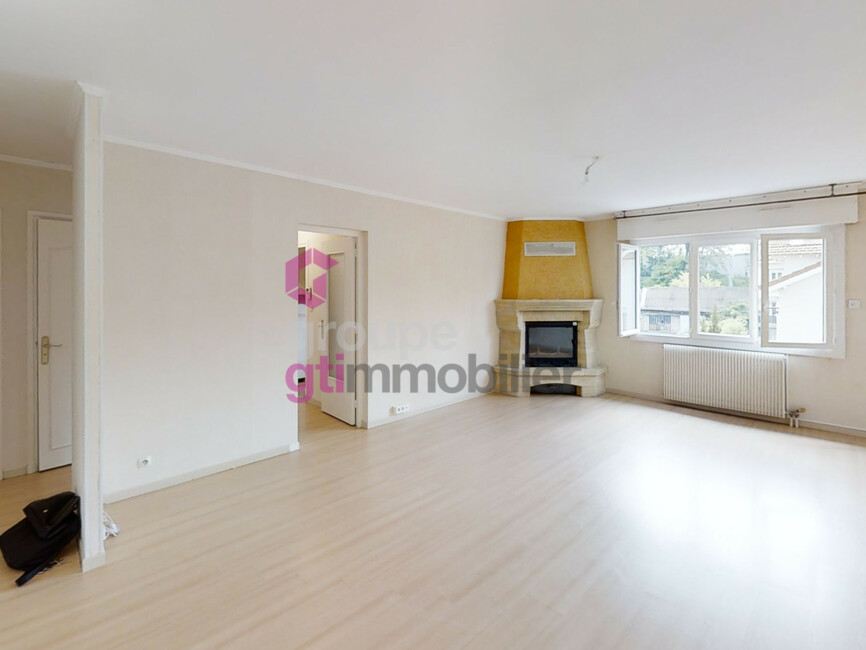Vente Appartement 65m² Le Chambon-Feugerolles (42500) - photo