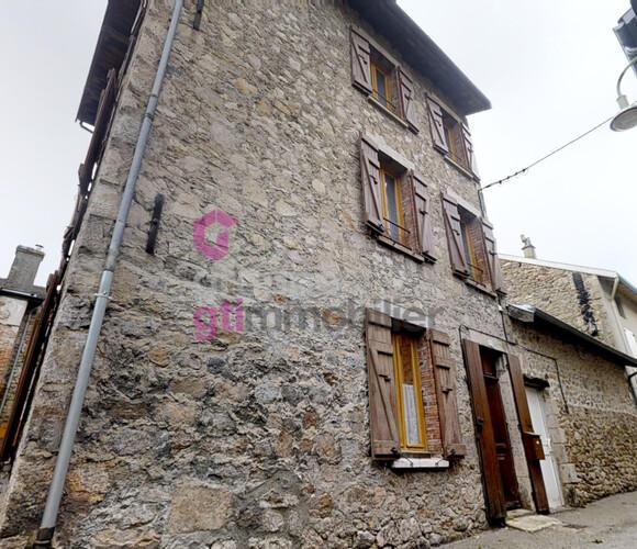 Vente Maison 5 pièces 90m² Lalouvesc (07520) - photo