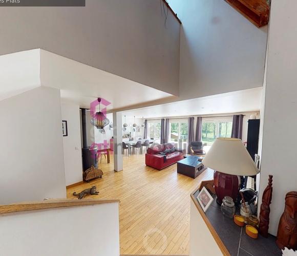 Vente Maison 6 pièces 185m² Saint-Maurice-en-Gourgois (42240) - photo