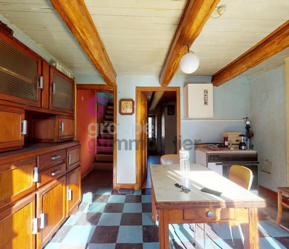 Vente Maison 5 pièces 70m² Saint-Ferréol-des-Côtes (63600) - photo