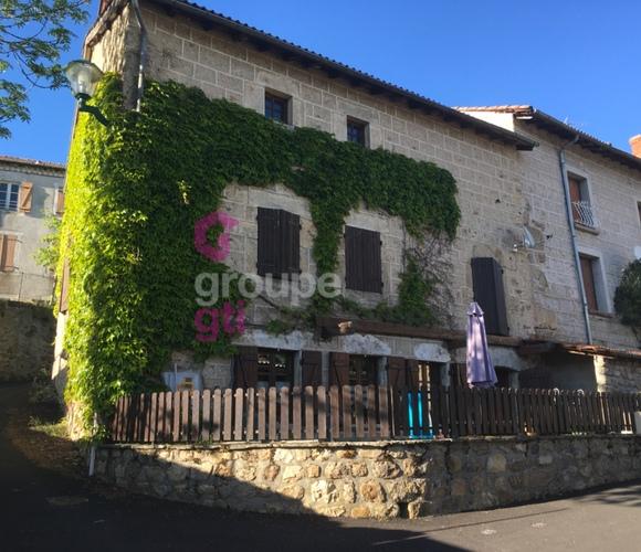 Vente Maison 6 pièces 140m² Viverols (63840) - photo