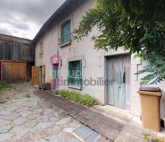 Vente Maison 6 pièces 118m² Saint-Julien-Chapteuil (43260) - photo