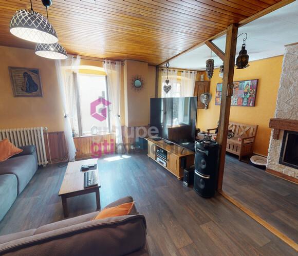Vente Maison 13 pièces 290m² Saint-Privat-d'Allier (43580) - photo