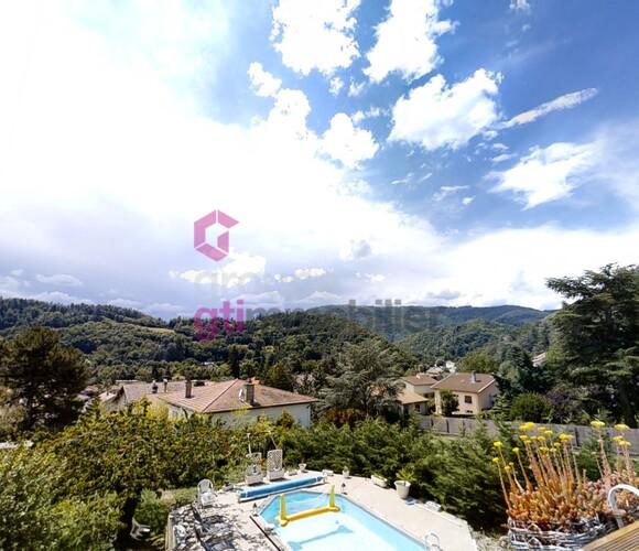 Vente Maison 7 pièces 190m² Unieux (42240) - photo