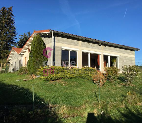 Vente Maison 6 pièces 157m² Beaune-sur-Arzon (43500) - photo