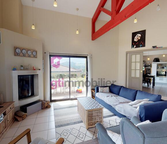 Vente Maison 7 pièces 130m² Luriecq (42380) - photo