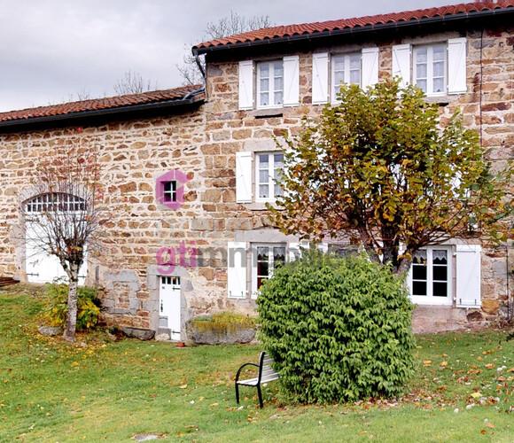 Vente Maison 7 pièces 400m² Ambert (63600) - photo