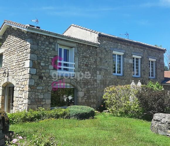 Vente Maison 7 pièces 220m² Les Villettes (43600) - photo