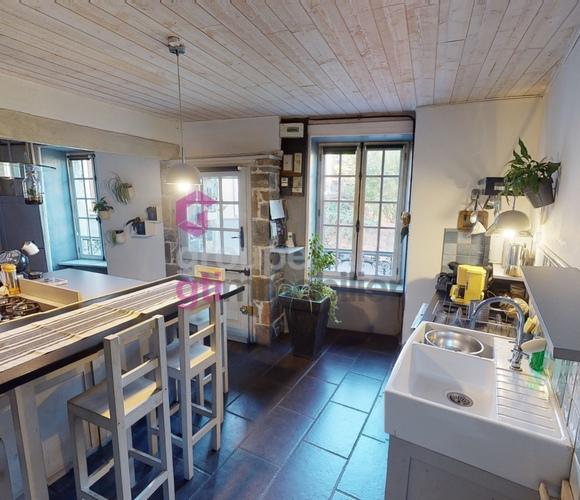 Vente Maison 9 pièces 184m² Issoire (63500) - photo