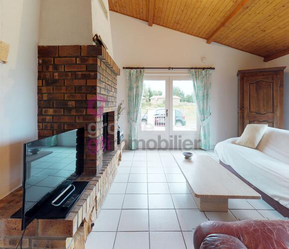 Vente Maison 3 pièces 90m² Estivareilles (42380) - photo