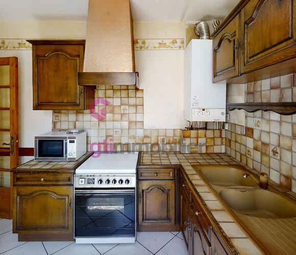 Vente Appartement 4 pièces 88m² Le Chambon-Feugerolles (42500) - photo