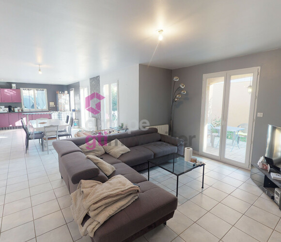 Vente Maison 4 pièces 96m² Saint-Marcellin-en-Forez (42680) - photo