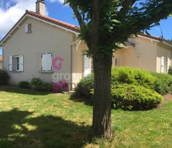Vente Maison 5 pièces 104m² Montfaucon-en-Velay (43290) - photo