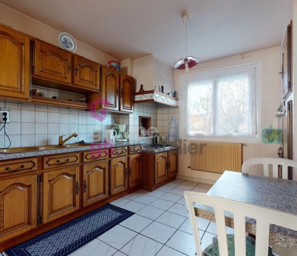 Vente Maison 6 pièces 142m² Issoire (63500) - photo